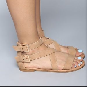 Fashion nova (new) sandals